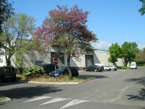 Locaux d'activitÉs a louer dans un parc d'activitÉ  la pomme 13011 Marseille