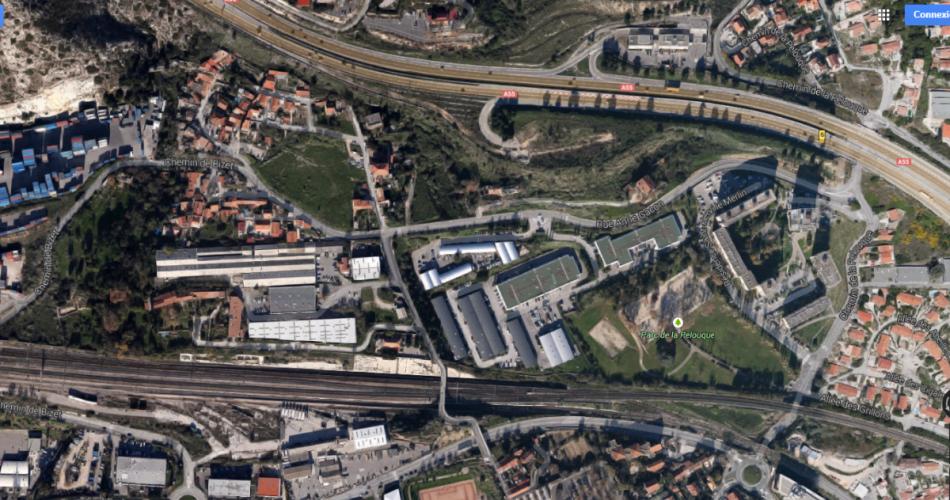 Entrepots a louer proche des ports  13016 Marseille
