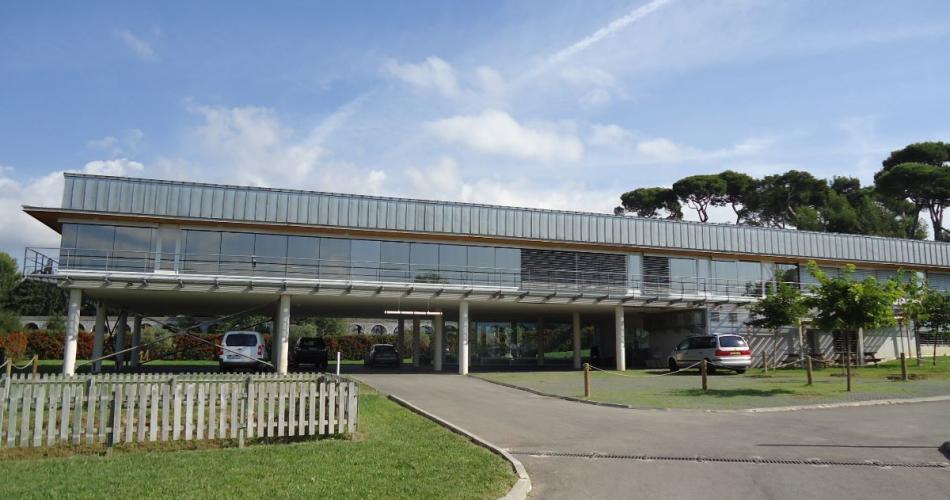Immeuble de bureaux independant  a vendre technopole chateau gombert 13013 Marseille