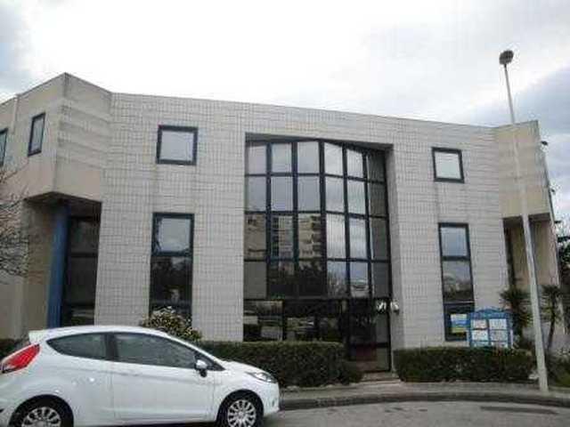 Bureaux a vendre proche du centre commercial bonneveine 13009 Marseille