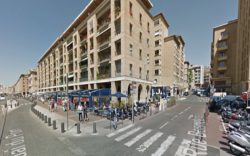 Local commercial a louer vieux port  13002 Marseille