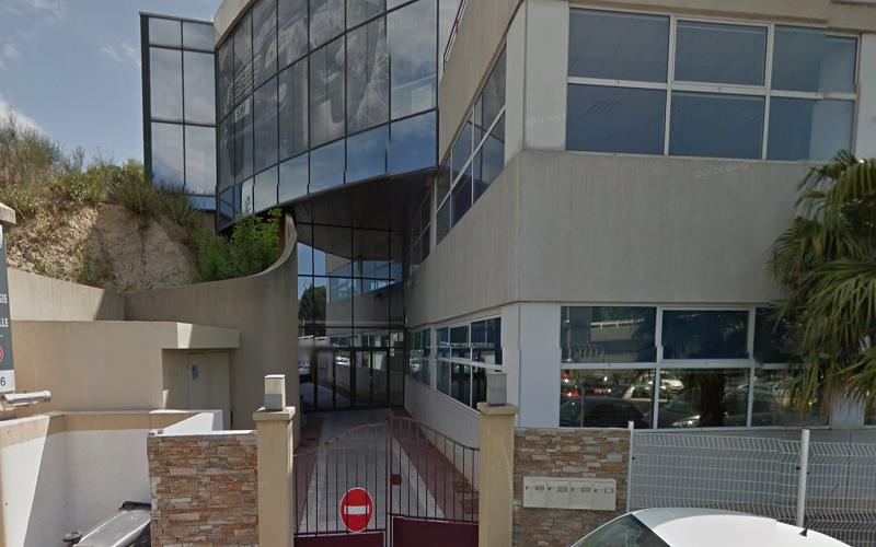 Bureaux à louer au nord du centre ville à plombieres 13014 Marseille