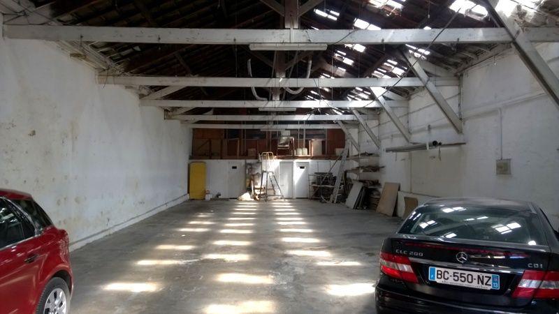 Locaux d'activités à louer ou à vendre proche autoroute nord 13014 Marseille