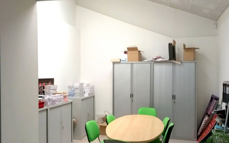 Locaux mixtes d'activites a vendre zone nord activités 13015 Marseille
