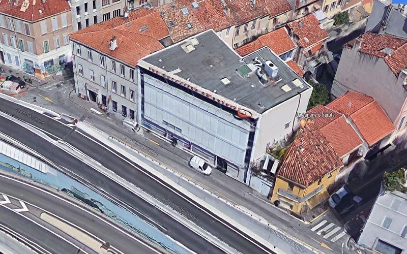 Immeuble indépendant de bureaux à vendre proche du tunnel prado carénage 13010 Marseille