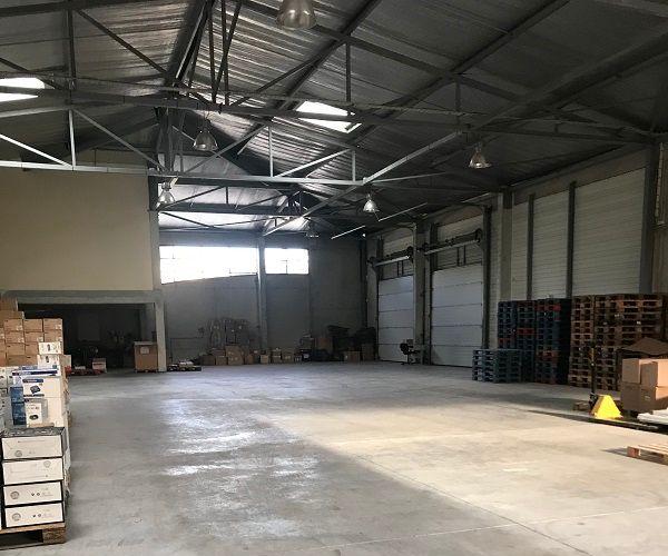 Locaux d'activités et bureaux à vendre proche de la valentine 13011 Marseille