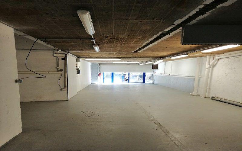 Murs de locaux commerciaux à louer secteur cantini  13006 Marseille